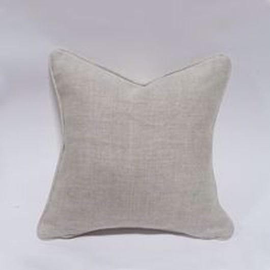 """Picture of 18"""" SQUARE DOWN PILLOW WITH WELT"""